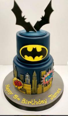 Gâteau Batman à partir de  10-15 parts